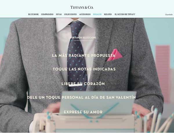 Captura de pantalla del portal de Tiffany donde se recoge la campaAi??a Concierge of Love. La imagen es de la web mejicana de la firma, donde aparecen los textos en espaAi??ol. Cada enunciado se corresponde con una animaciA?n distinta y recomendaciones distintas de joyas.